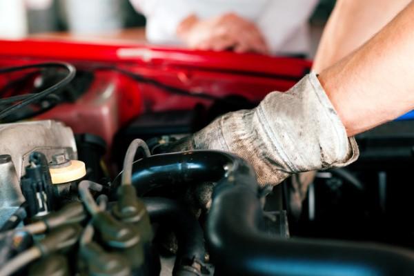 La importancia del mantenimiento básico de tu coche