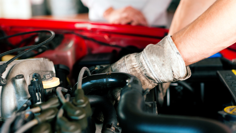 Importancia del mantenimiento básico del coche