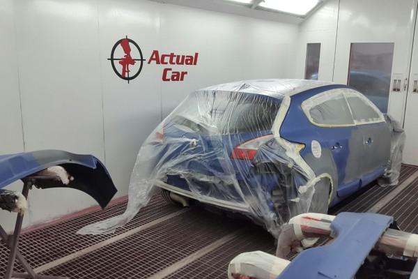Repintado lateral Renault Megane