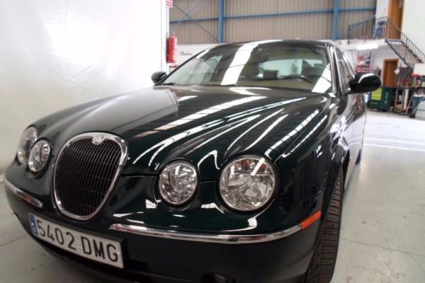 Repintado de un Jaguar