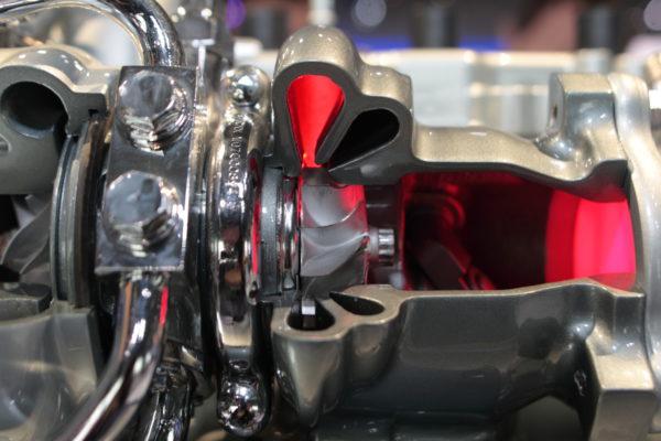 ¿Cómo funciona el turbo de un coche?