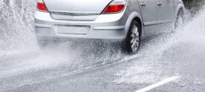 conducir-bajo-la-lluvia